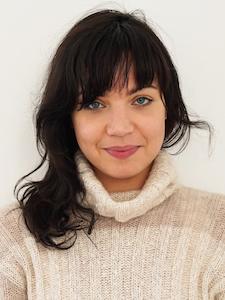 Dr. Elvira Di Bona