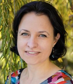 Dr. Carmen Lea Dege