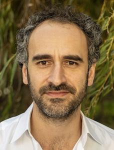 Dr. Firat Kurt